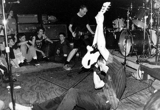 Fugazi will reveal an archive of 800 live shows from 1987 to 2003.