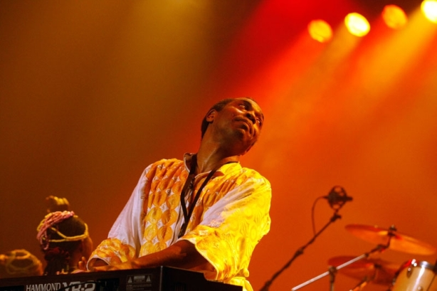 "Femi Kuti plays ""Africa for Africa"" for La Blogotheque."