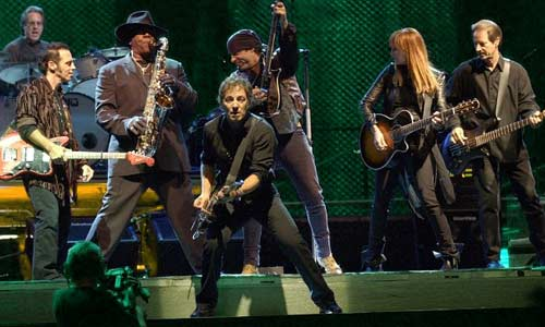 Bruce Springsteen and the E Street Band will tour the United States in 2012.