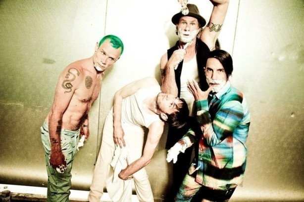 Red Hot Chili Peppers rescheduled their 2012 tour dates in North America.